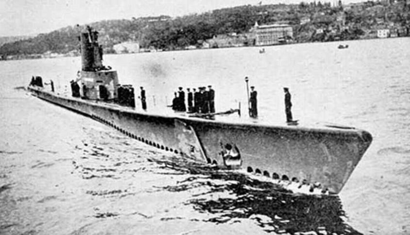 Dumlupınar Denizaltı Kazası (4 Nisan 1953)